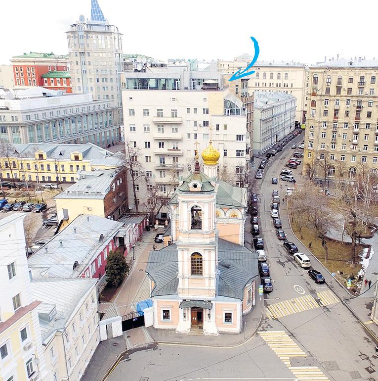 Трёхэтажная квартира в первую очередь... Фото Руслана ВОРОНОГО