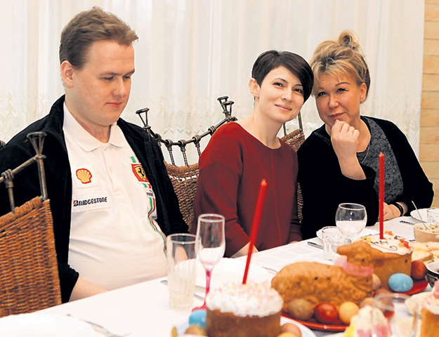 Жена старшего сына Александра Мария отлично ладит со свекровью