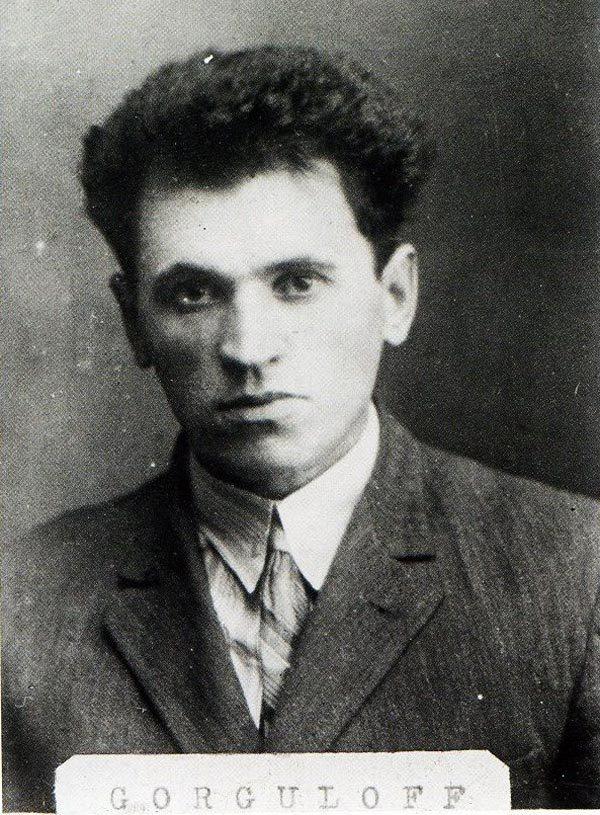 Полицейская фотография Павла Горгулова. Источник: wikipedia.org