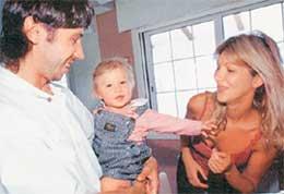 ЗВЕЗДА СБОРНОЙ РОССИИ: с женой Стефани и сыном, которого назвали Сашей - в честь отца