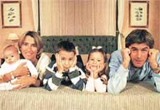 ДРУЖНАЯ СЕМЕЙКА: с женой Констансой и детьми