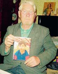 ИВАН ПЕТРОВИЧ: пообещал, что отыщет всех убийц внука