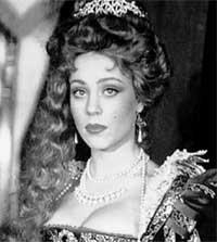 &#034ГРАФИНЯ ДЕ МОНСОРО&#034: рыжая Габриэль при дворе короля Генриха III