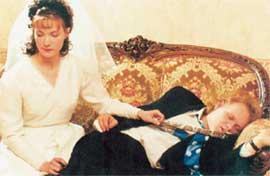 ГЕРМ В СЕРИАЛЕ &#034ЧЕРНЫЙ ВОРОН&#034: первая брачная ночь не состоялась