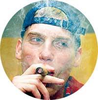 ТРАДИЦИЯ БАСКЕТБОЛЬНОГО ЦСКА: выиграв чемпионство, снисходительно покурить сигару