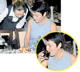 ЛОЛИТА: любительница пить водку с пепси стаканами