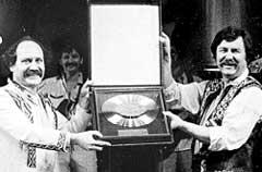 МУЛЯВИН И ДЕМЕШКО: стали обладателями &#034Золотого диска&#034 (1975 г.)