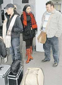 НА УЛИЦЕ: Мария Куликова и Игорь Письменный приехали на площадку