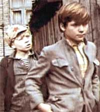 К/Ф &#034КОРТИК&#034: Сергей (справа) в роли пионера показывал ребятам пример