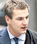 ПЕТЯ ЖУКОВ: ожидая суда, занимается в Лондоне инвестиционными проектами