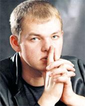 БРЯНЦЕВ-МЛАДШИЙ: поёт дуэтом с вдовой Круга