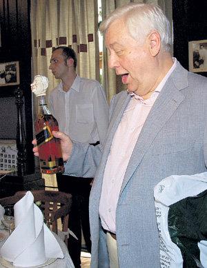 Олег Палыч на своём последнем юбилее и помыслить не мог о грядущих неприятностях
