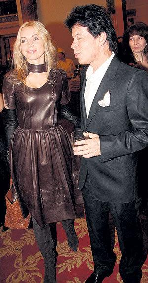 Олег ГАЗМАНОВ с женой Мариной оделись на прием «от Юдашкина»