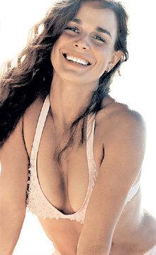 Екатерина классно выглядит не только на катке, но и на пляже (фото sports-wired.com)