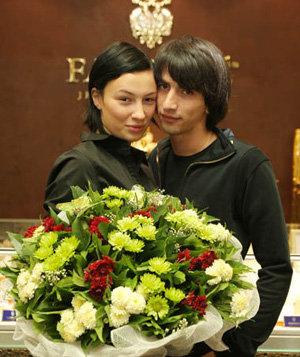 Анастасия и будущий отец её ребёнка бизнесмен Нурик. Фото blik.ua