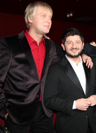 Сергей СВЕТЛАКОВ, Михаил ГАЛУСТЯН
