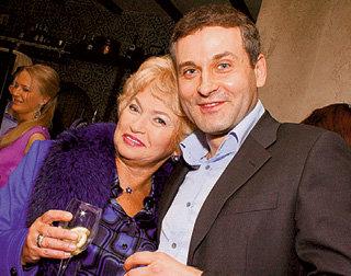 Людмила Борисовна не скрывает, что увлечена Костей