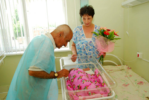 Армаис НАЗАРОВ c женой и сыном