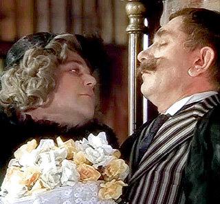В лучших советских фильмах, среди которых «Здравствуйте, я ваша тётя!»...