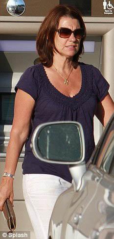 Брошенная жена Робин Гибсон поддержала бывшего мужа. Фото: Daily Mail