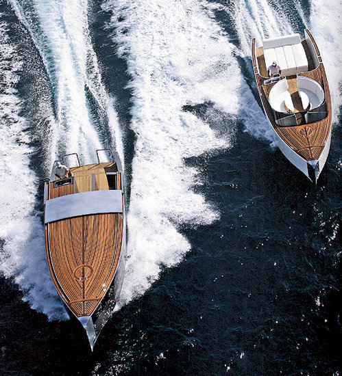 Две главных «шлюпки» на яхте - фактически мини-яхты длиной 10 м, обе стоили более $1,5 млн.