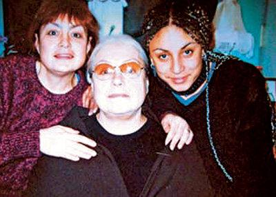 Лидия Николаевна с дочкой и внучкой практически не общается