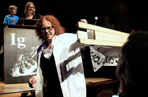 Вручение Шнобелевской премии - фото AP