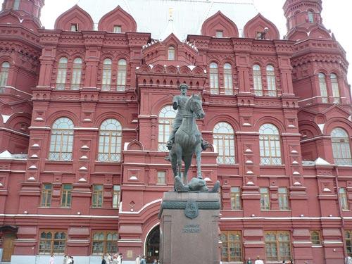 Памятник Жукову в Москве. Фото: wikimedia.org
