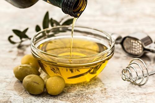 В растительных маслах нет холестерина. Фото: pixabay.com