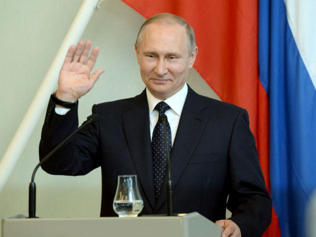 Путин объявил осокращении 755 работников дипмиссий США вРФ