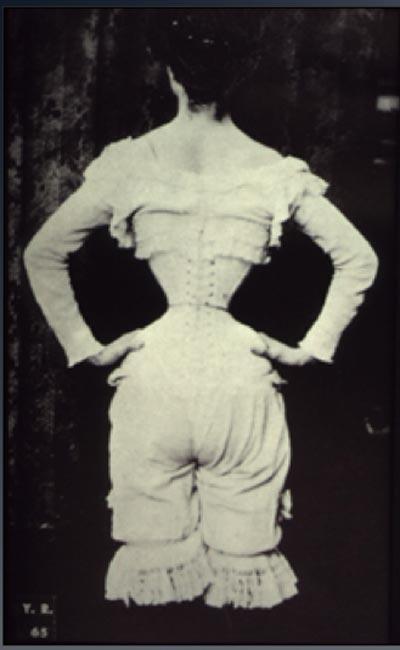 Корсет, фотография 1890 года