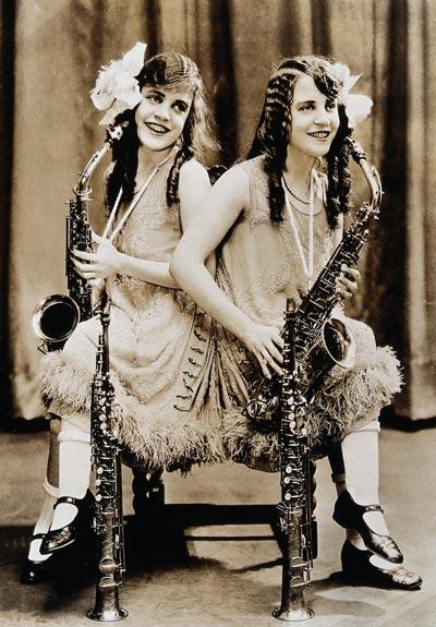 Виолетта и Дейзи Хилтон, 1927 год