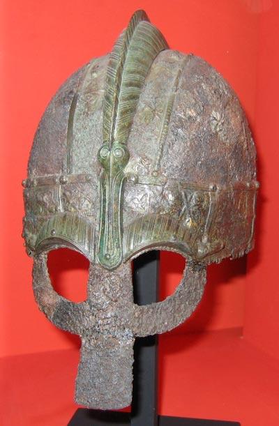 Вендельский шлем. Berig) / wikipedia