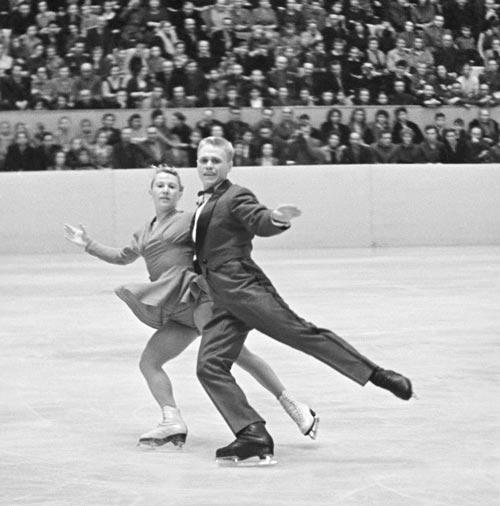 Фигуристы Нина и Станислав Жук, 1959 год. Автор: Доренский Леонид. ИТАР-ТАСС/Архив
