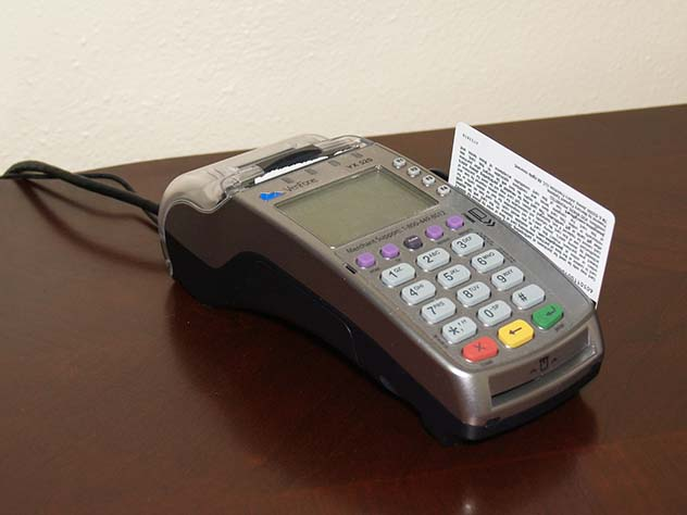 УСбербанка появились проблемы спроведением операций покартам