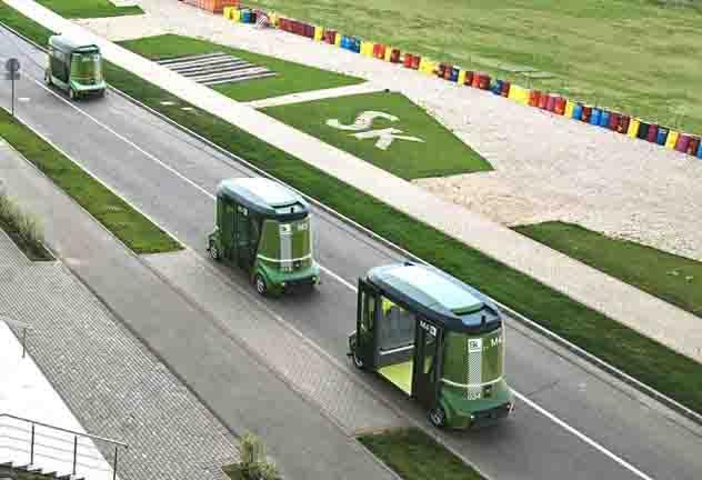 Беспилотные автобусы вышли наулицы китайского города Жунцзянь