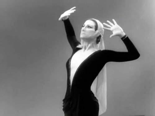Майя Плисецкая в фильме 1965 года «Новогодний календарь»