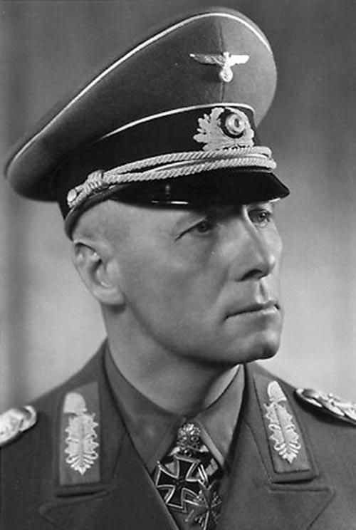 Эрвин Роммель, любимчик Гитлера, лично отвечавший за выбор места для «Вервольфа». Источник: wikipedia.org