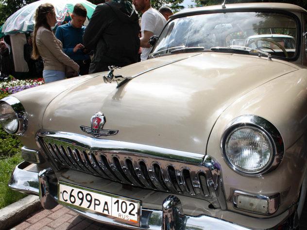 В Уфе на выставке ретро-автомобилей представили два десятка экземпляров советской эпохи