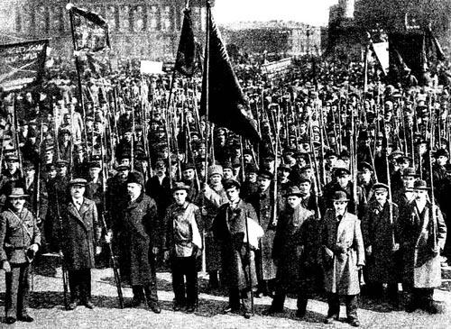 Отряд Красной гвардии. Петроград, 1917 год. Источник: wikipedia.org