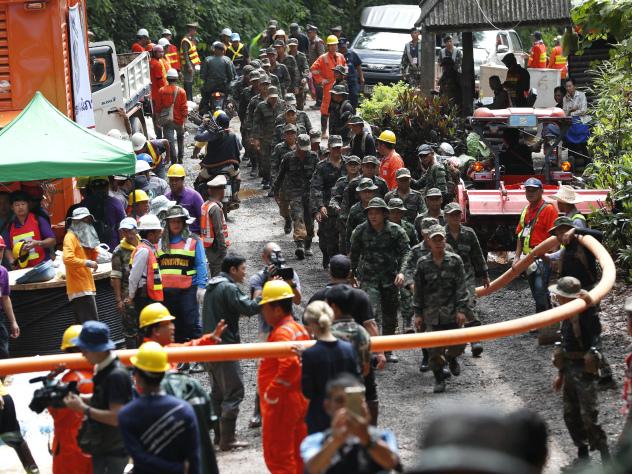 Водолаз погиб при спасении детей в Таиланде