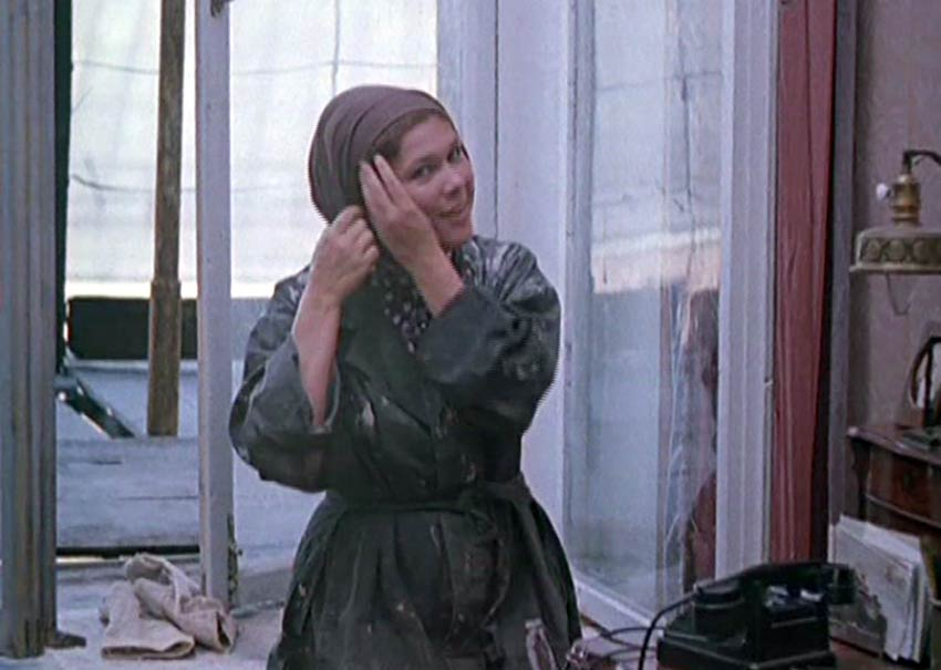 Кадр из фильма «Мама вышла замуж», 1969 г.
