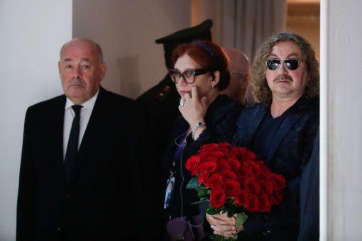 Швыдкой и Николаев на церемонии прощания с Кобзоном