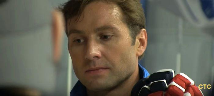 Алексей Морозов на съемках «Молодежки»