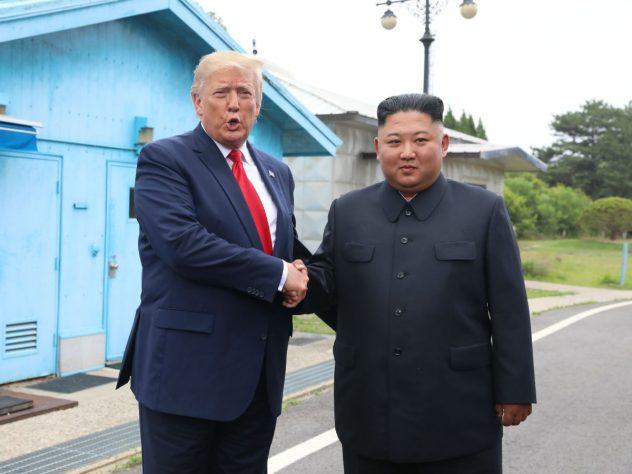 https://s5.cdn.eg.ru/wp-content/uploads/2019/07/tramp-s-kim-chen-ynom061710-632x474.jpg