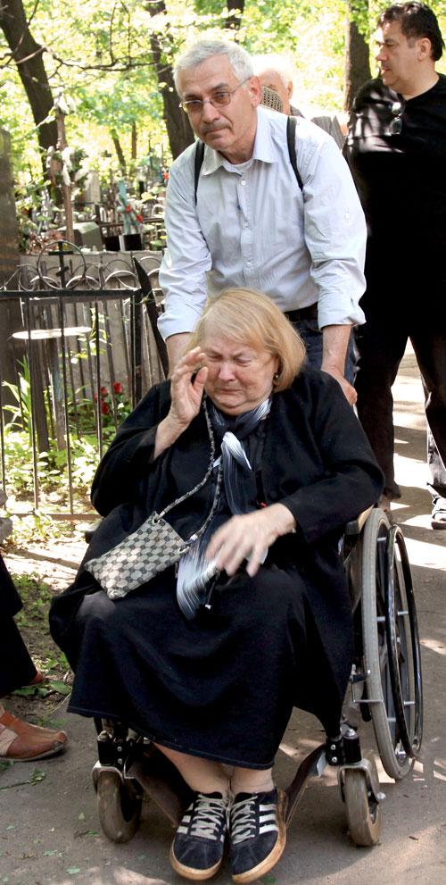Людмила Ивановна часто бывала на Пятницком кладбище, где в 2016-м упокоилась и сама