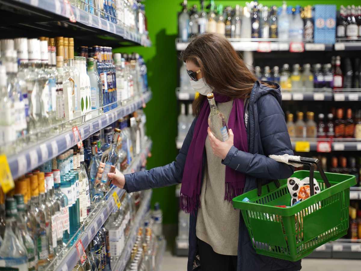 Из российских магазинов исчезнет водка