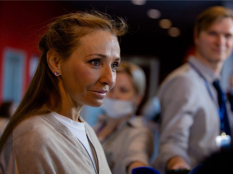 Татьяна Навка в леопардовом купальнике произвела фурор
