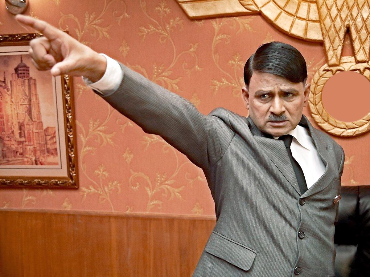 «Индийский» Гитлер потанцевал да и умер